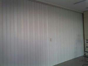 Pintu Lipat PVC sebagai sekat ruangan